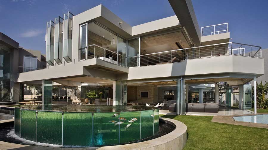 Glass house johannesburg property south africa for Amazing houses