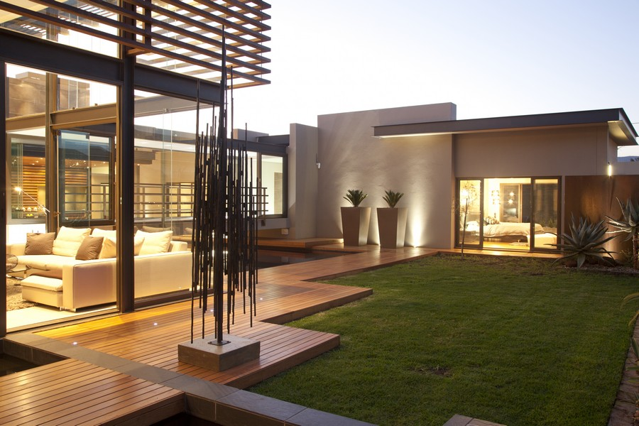 House aboobaker south africa residence e architect for Modern home designs south africa