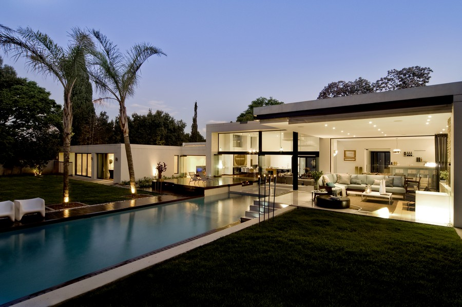 House mosi johannesburg residence e architect for Architectural design companies in johannesburg