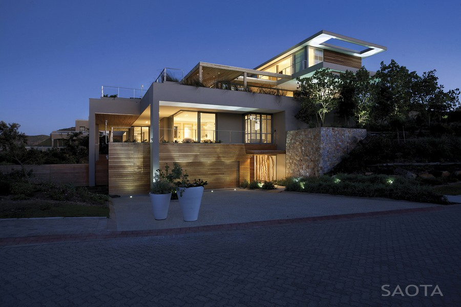 House at plettenberg bay plett 6541 2 e architect for Front house designs south africa