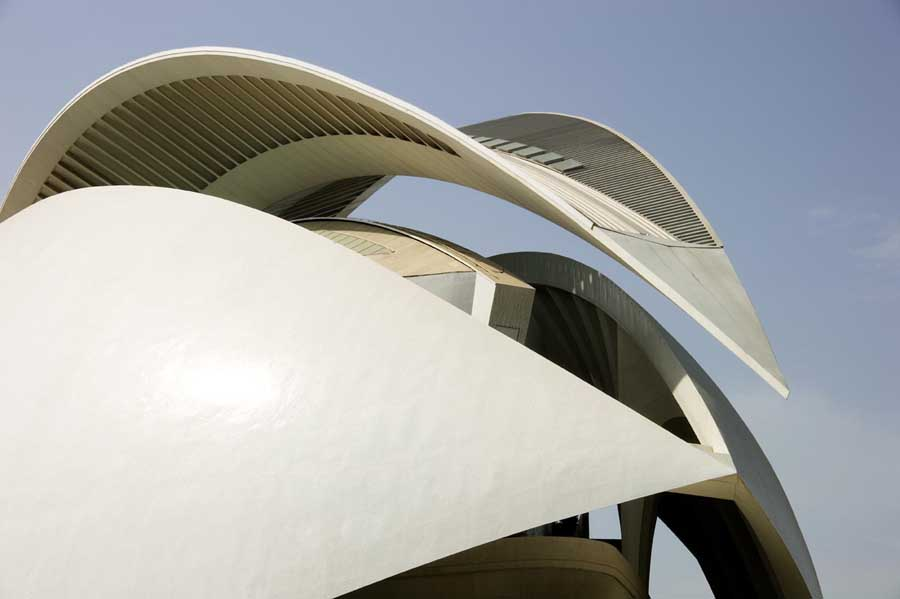 http://www.e-architect.co.uk/images/jpgs/spain/city_arts_sciences_pzd0709_10.jpg