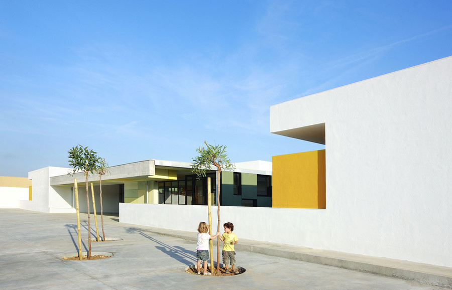 Consell Spain  city pictures gallery : Consell Kindergarten Mallorca Nursery Building e architect