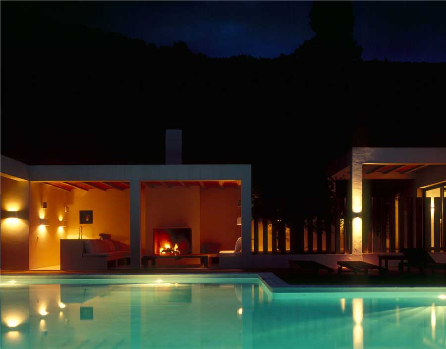 http://www.e-architect.co.uk/images/jpgs/spain/country_house_ibiza_dbm180609_petercook_2.jpg