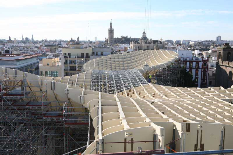http://www.e-architect.co.uk/images/jpgs/spain/sevilla_metropol_parasol_j201210_3.jpg