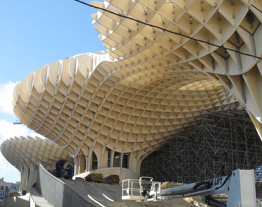 http://www.e-architect.co.uk/images/jpgs/spain/seville_metropol_parasol_j170311.jpg