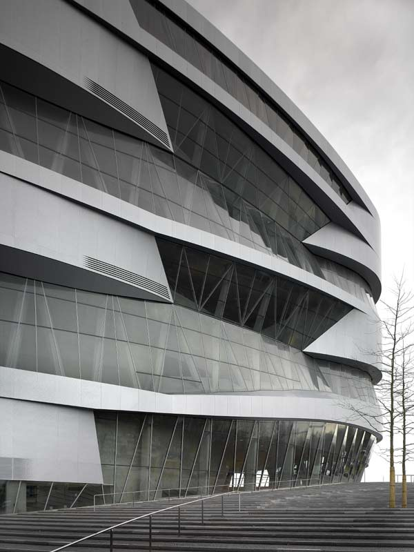Unstudio architects e architect for Mercedes benz museum