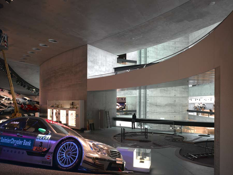 http://www.e-architect.co.uk/stuttgart/jpgs/mercedes_benz_museum_uns131108_cr_5.jpg