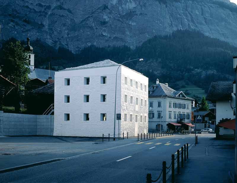 Das Gelbe Haus Switzerland Building Yellow House E