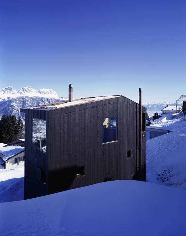 Flumserberg house swiss holiday cottage photos e architect for Architecture suisse
