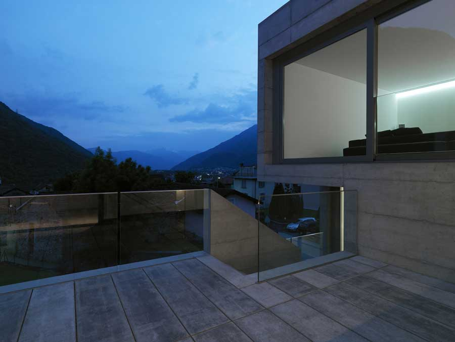 http://www.e-architect.co.uk/images/jpgs/switzerland/lumino_house_d040610_11.jpg