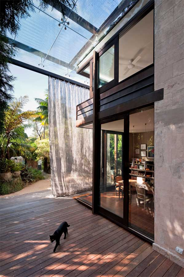 Glass loggia house new south wales residence glebe for Garden loggia designs