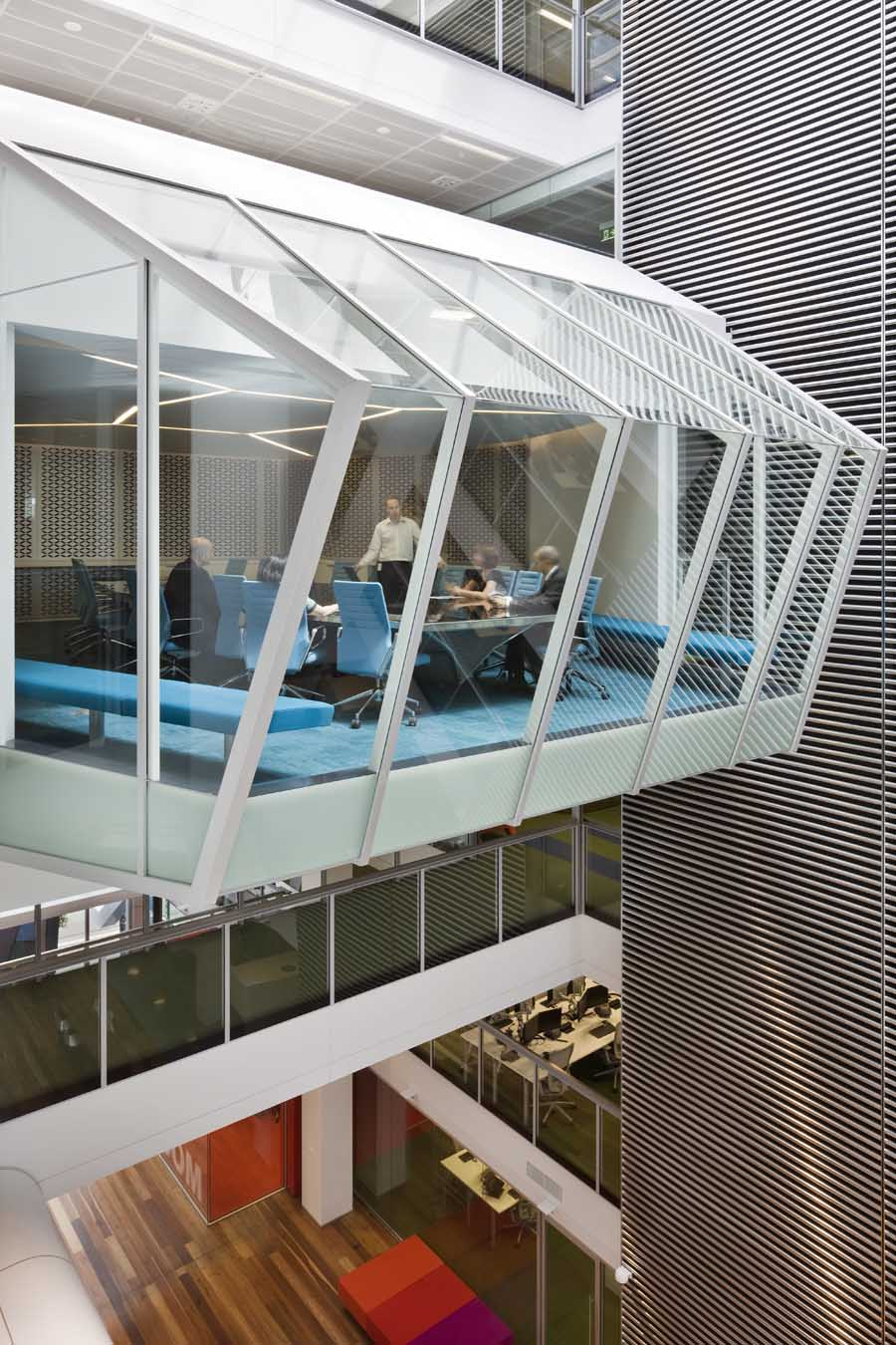 One shelley street macquarie group sydney offices e for Innovative office space ideas