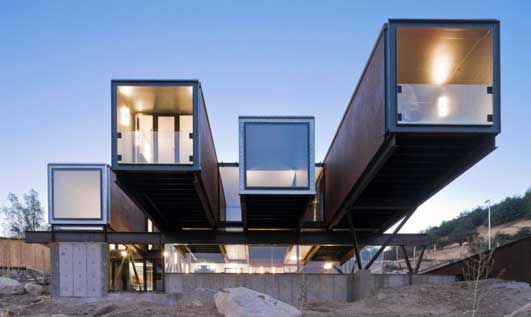 Caterpillar House - Chile Houses