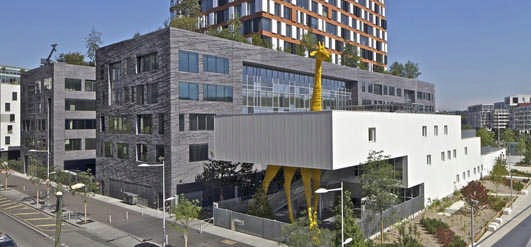 Giraffe Childcare Center Paris