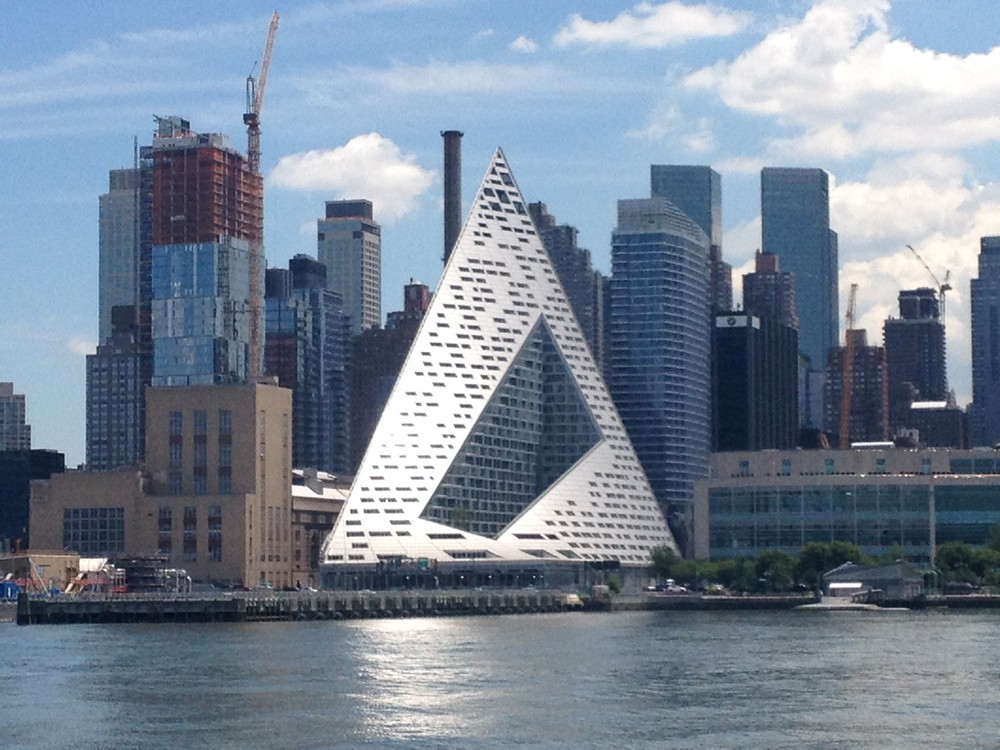 A Modern Twist on New York City's Historic Buildings in ... |New York City Architecture