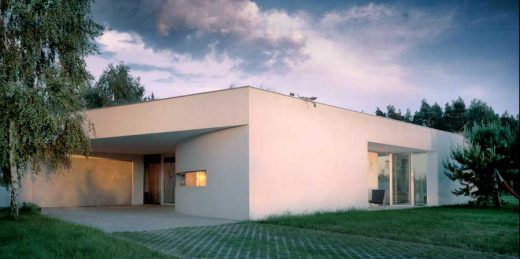 OUTrial House Ksíazenice, home by kwk promes