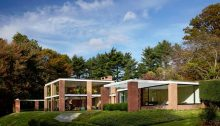 Boissonnas House by Philip Johnson in New Canaan