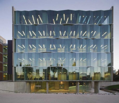 Meinel Optical Sciences Building