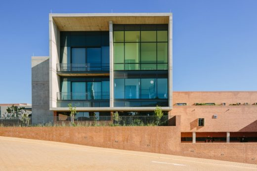 Nelson Mandela Childrens Hospital Building - African Architecture News
