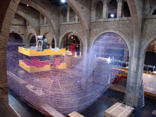 Spocks Blocks Bordeaux Spatial Installation