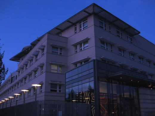 American Embassy Berlin building design by Moore Ruble Yudell Architects