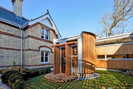 Maggie's Cotswolds: Cheltenham Cancer Caring Centre building UK