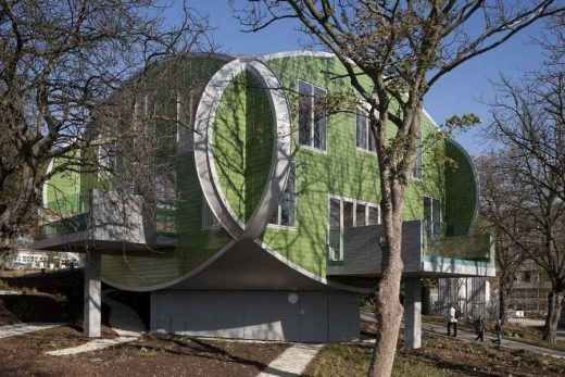 Maggie's Nottingham Cancer Caring Centre building by CZWG