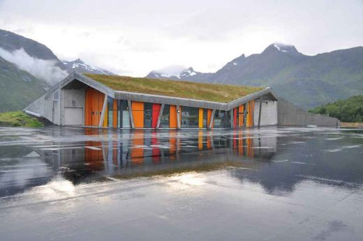 Gullesfjord Weight Control Station, Troms building