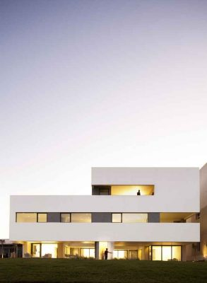 S Cube family chalet: Kuwait Beach houses