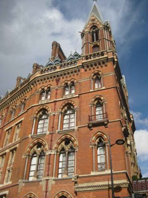 St Pancras Station Building, London Hotel