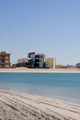 Alley House Kuwait, Khiran Pearl City waterfront home