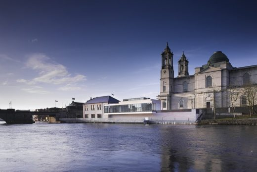 Luan Gallery Athlone Culture building on the river