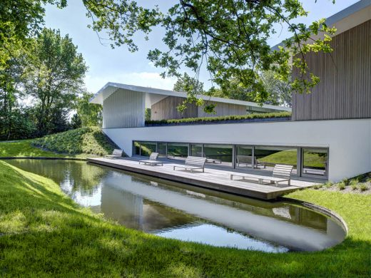 House L Oosterhout residence in Netherlands