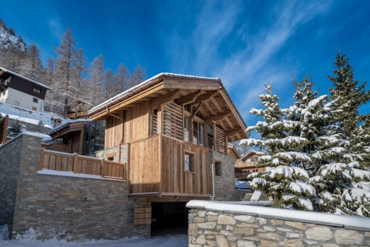 Chalet Husky Architecture in The French Alps