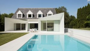 Contemporary Wemmel Residence design by dmvA