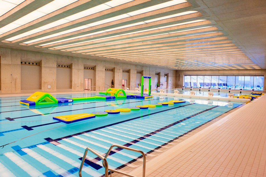 Image gallery olympic swimming pool stratford for Pool london