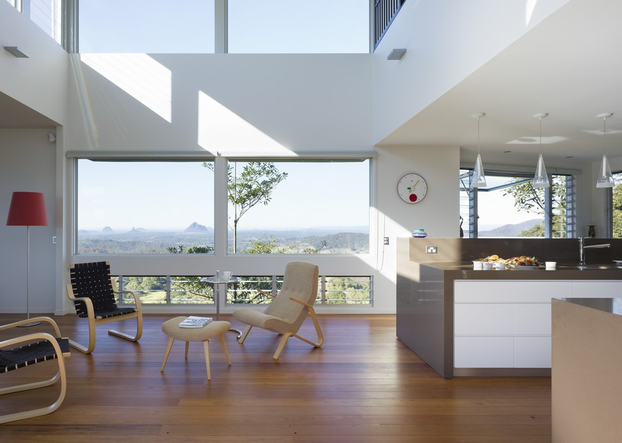 Acreage Houses With Glass For Views