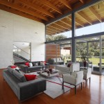 Contemporary Lima House by domenack arquitectos