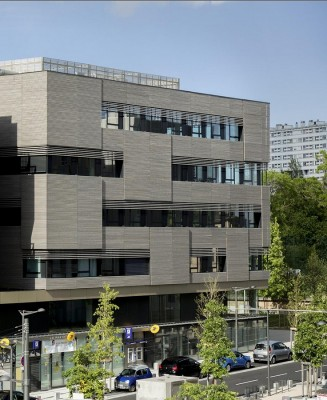 Block 32 - France Mixed Use Building 1
