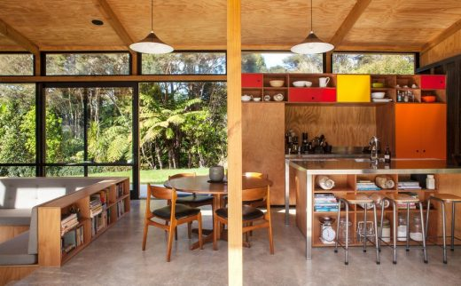 Easterbrook House in Titirangi, Auckland Property - e ...