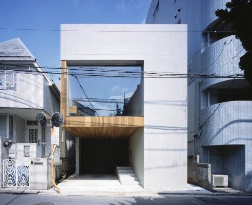 Frame House in Tokyo