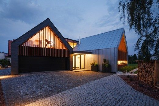 Two Barns House in Poland: Tychy Home