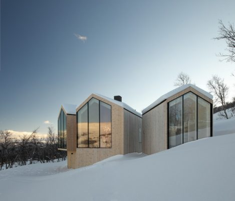 Mountain Lodge design by Reiulf Ramstad Architects