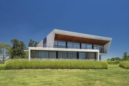 Nordelta tigre yacht club house in buenos aires e architect for Clubhouse architecture design