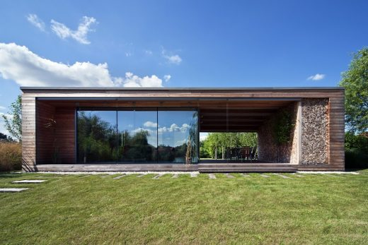 Holiday Cottage in Kapuvár - Hungarian Architecture News
