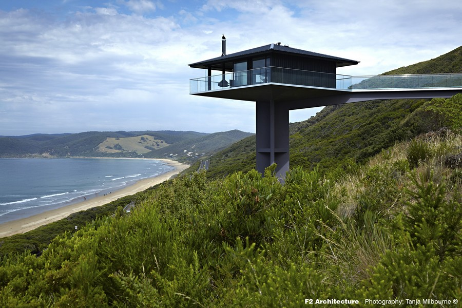 pole house on great ocean road e architect