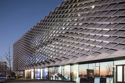 New Building in Nantong China by HENN architects