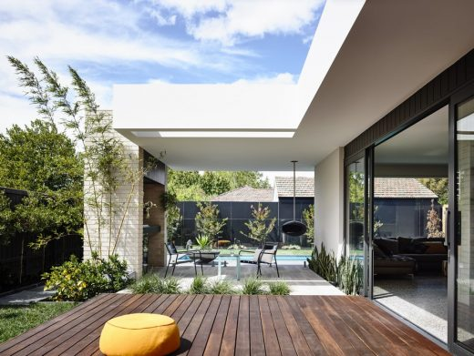 Contemporary Property in Melbourne suburb