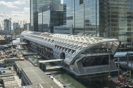 Crossrail Place Retail and Roof Garden Canary Wharf