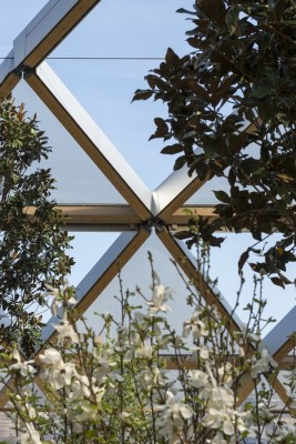 Crossrail Place Retail and Roof Garden